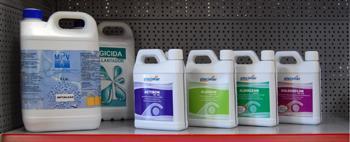 Productes químics per a piscines del Vallès